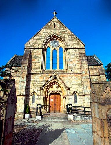 Lenzie Union Church front